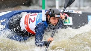 2019 ICF Canoe Slalom World Cup 5 Prague Lucie BAUDU