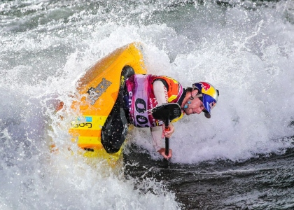 USA Dane Jackson kayak freestyle world championships Sort 2019