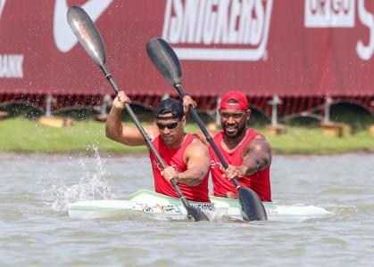 Tonga Pita Taufatofua and Malakai Ahokava K2 500 Szeged 2019