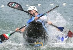 Canoe polo action